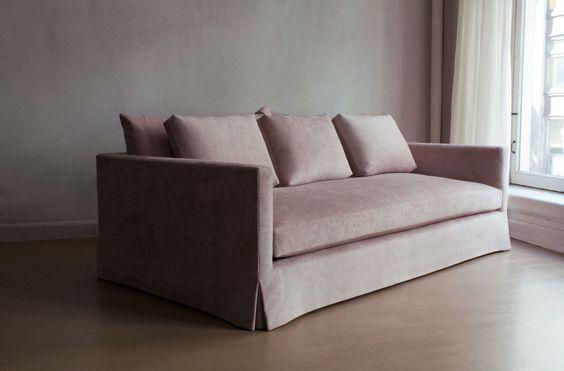 pinksofa1